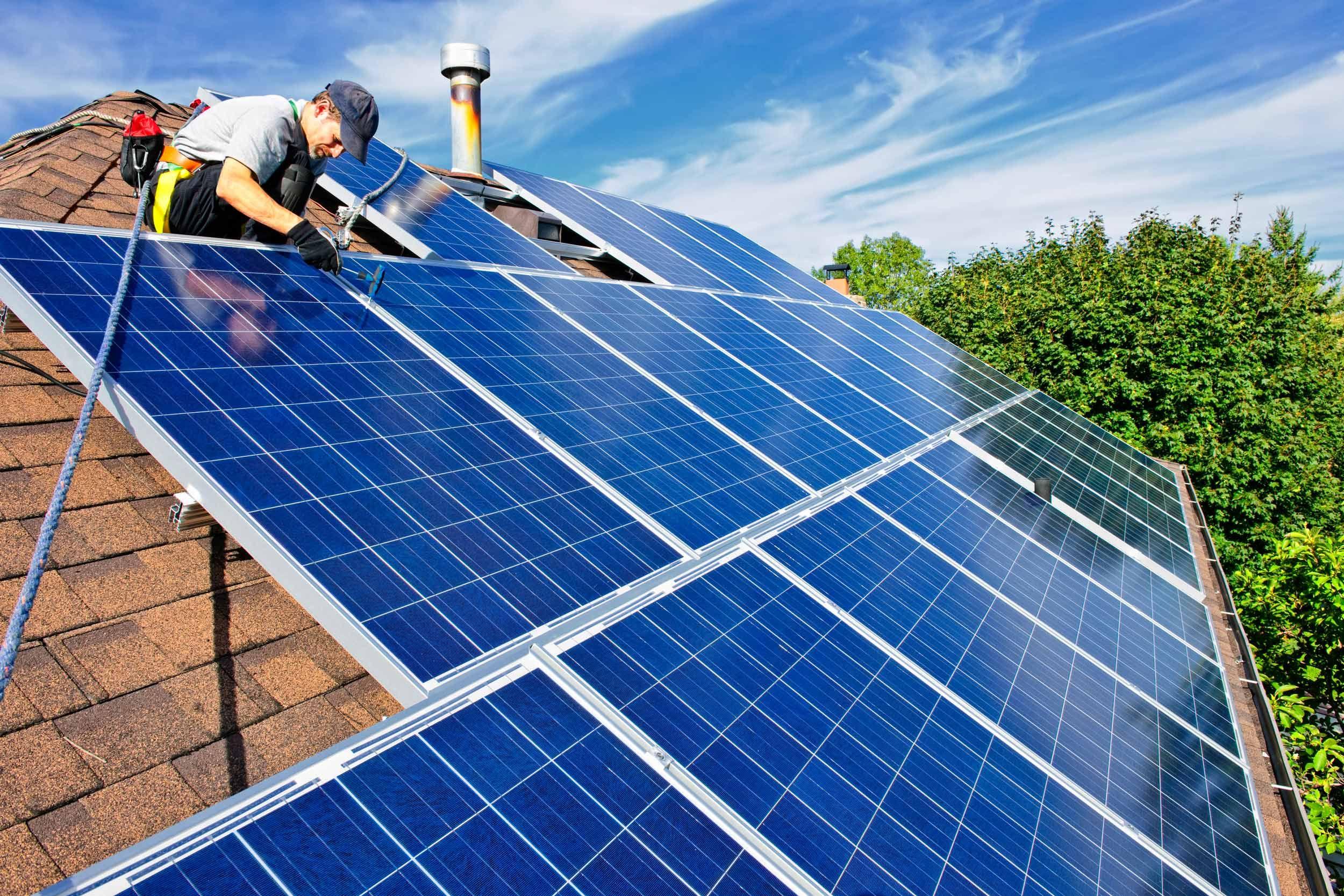El termo eléctrico: energías renovables, conectividad y diseño